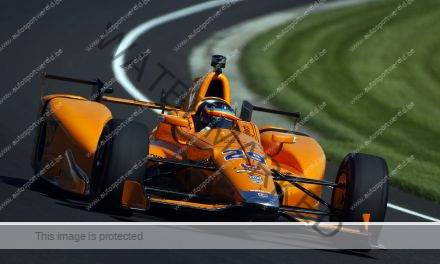 Alonso staat zijn mannetje op Indianapolis