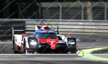 Toyota dominant in Le Mans