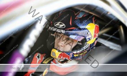 Flash: Neuville leidt in Portugal