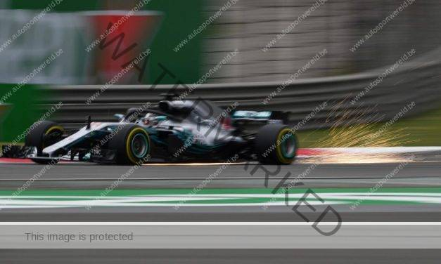 Mercedes en Ferrari domineren vrije trainingen in GP van China