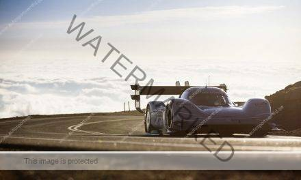 VW I.D.R. Pikes Peak, de video